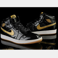 Nike  Air Jordan Retro 1 High Tops Contrast Sports shoes Black golden hook H-CSXY