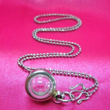 Mini Candy Pendants, Lot of 7,Supply, Empty Display Case, Terrarium Necklace, Silver Tone, Art,Craft, Mementos, Clear Locket