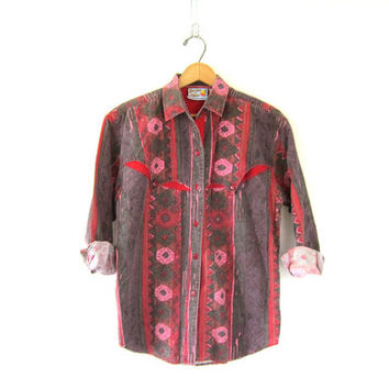 80s Vintage western shirt. red floral button down shirt. cowgirl shirt. faded purple and pink southwestern cowboy shirt. women's size M