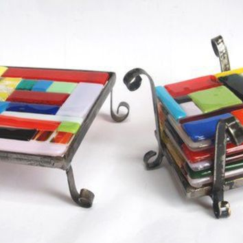 Hotpot holder and set of glass coasters with stand by dalitglass