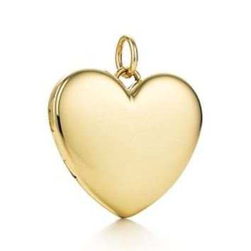 Tiffany & Co. -  Heart locket in 18k gold, large.