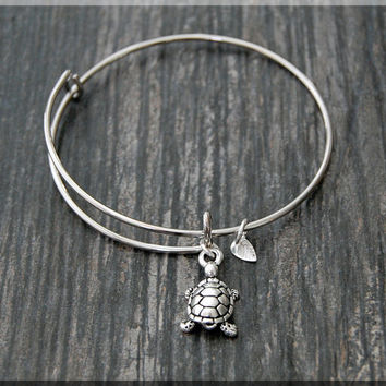 Silver Sea Turtle Charm Expandable Bangle Bracelet, Adjustable Bangle Bracelet, Stacking Charm Bracelet, Ocean creature Bangle, Turtle Charm