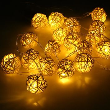 LED Battery String Lights 2M, 20 pcs Warm White Handmade Rattan Balls Lights