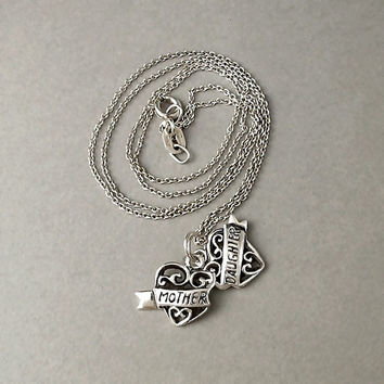 Vintage MOTHER DAUGHTER Sterling Silver Heart Charm Necklace Chain TWO Hearts as One Scroll Motif
