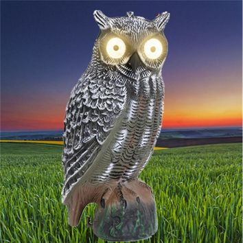 High Quality Solar Powered Fake Hunting Owl Decoy Pest Deterrent Repeller Garden Decor With Eyes Glowing Traps for Hunting
