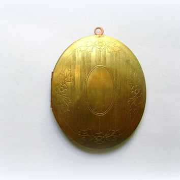 Large Vintage Etched Brass Locket