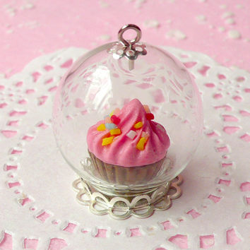 Miniature Glass Dome Glass Bubble with Cupcake