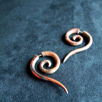 Fake Piercing Earring Long Tail Medium Size Spiral Fake Gauge Earrings with tribal Styling Design