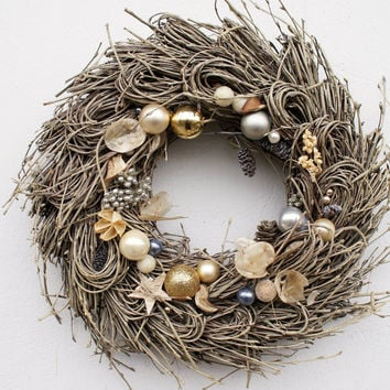 Exclusive Christmas wreath, champagne Door Hanger, Xmas wreath, glamor Decoration, Home decor, Cones, Potpourri wreath, Elegant decoration