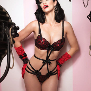 Leg Avenue Burlesque Lingerie 86565 - Red Padded Underwire Bra Top with Black Lace & Strappy Elastic Spandex Teddy Bottom