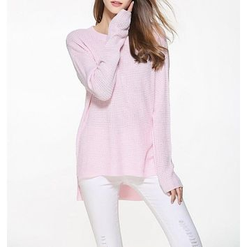 Womens Relaxed Fit Round Neck Sweater in Pink