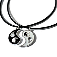 Yin Yang Split Black White Hippie Buddhist Spiritual Balance Friendship Necklace