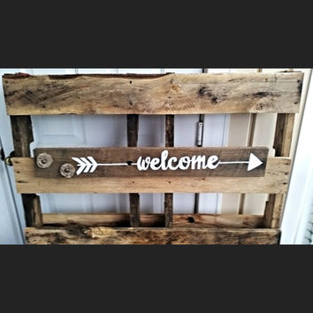 Barnwood Welcome Sign, Welcome Sign, Barnwood Sign, Hanging Sign, Custom Wood Sign, Flower Sign, Home Sign, Rustic Sign, Reclaimed Barnwood