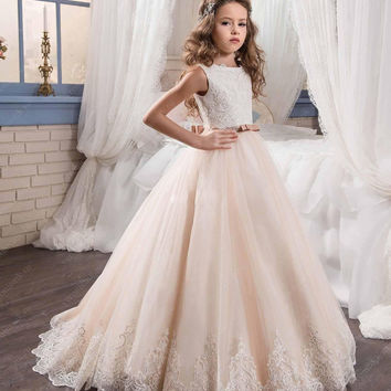 2017 Lovely Lace Appliques Flower Girl Dresses Special Occasion For Weddings Tulle Kids Pageant Gowns Holy Communion Dress FH142