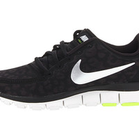 Nike Free 5.0 V4 Black/White/Black/Metallic Gold - Zappos.com Free Shipping BOTH Ways