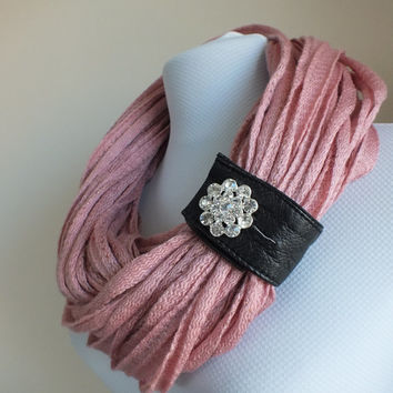 SCARF // Handmade Infinity Eternity Scarf Noodle Scarves Cotton Fashion Neckwarmer Circle Necklace Chunky Cowl Pink