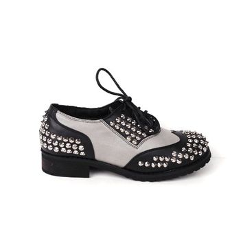 Studded Spike Detail Two Tone Lace Up Oxford In Black/Dirty Grey Combo/Silver Studded/Spikes|Thirteen Vintage