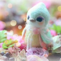 Handmade bird doll, needle felt bird figurine, mint color Hershey bird doll, kids gift, gift under 25