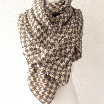 Houndstooth Scarf, Cream Grey, Long Scarf, wrap scarf, Neckwarmer,