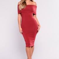 Mariam Off Shoulder Dress - Wine