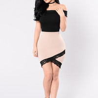 Fall For Your Type Dress - Beige/Black
