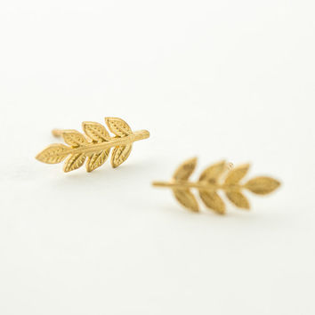 Gold Leaves Stud Earrings, Matte Yellow Gold, Leaves Post Earring, Minimalist Stud, Nature, Modern Jewelry, Hand Made, Christmas Gift, ST036