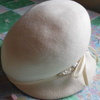 "Ladie's Cloche Hat, 7"" Across, Winter White Felt with Ribbon and Sequins, Union Made, Vintage Hats"