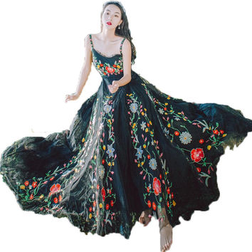 Runway Designer 2017 Mesh Floral Embroidery Summer Dress Women Tulle Crochet Lace Long Dresses Black Vintage Party Maxi Dress