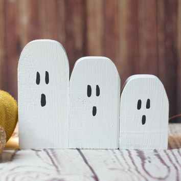 Mini Halloween Ghosts - Rustic Halloween Decor