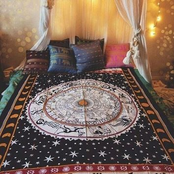 Universe Horoscope Zodiac Sign Celestial India Tapestry