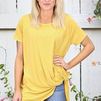 Get Twisted Comfy Short Sleeve Basic {Yellow}