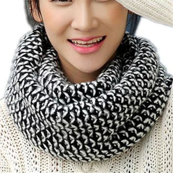 Lovely Plaid LIC for Women Double Layer Winter Warm Knit Scarf LICs Female Scarves Shawls Stoles Dachshund Ladies Scarf Collar