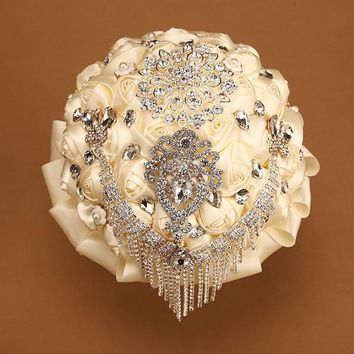 Custom Made White/Ivory Artificial Wedding Bouquets Brooch Bouquet Vestido De Noiva Crystal Wedding Bouquets Wedding Accessories