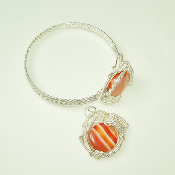OOAK Pendant and Bracelet Wire Wrapped Silver Plated Set