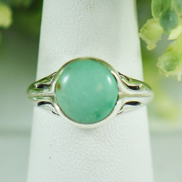 Hema Cabochon Turquoise Ring in Sterling Silver