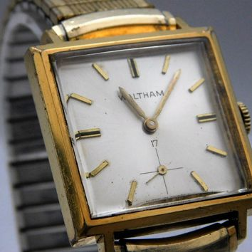 Waltham 10K Gold Filled Square Case Vintage Mens Pre-Owned Watch Serviced