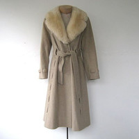STOREWIDE SALE... 1970s wrap coat. wool winter coat.