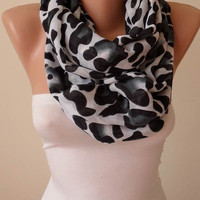 Trend - New Gift Scarf - Mother's Day Gift - Leopard  Infinity Scarf - Soft Cotton Fabric
