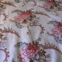 FREE SHIPPING - Twin Bedspread/Vintage Blanket/Floral Bedding/Vintage Bedspread/Girl's Bedspread/Twin Blanket/Shabby Chic Blanket