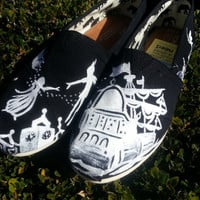 Unique Christmas gift! Peter Pan Disney Custom Toms Silhouette Negative