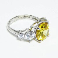 Yellow Gemstone & Sterling Ring - Size 6 - Clear CZs (Cubic Zirconia), Size 6 Marked CZ 925 - Modern Vintage 1990s November Birthstone Color