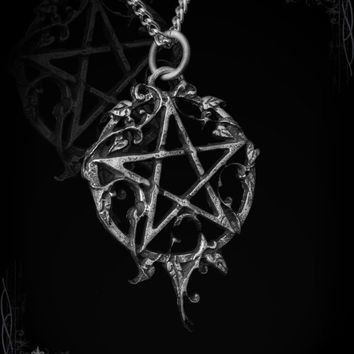 Pentagram with ivy, Ivynagram, gothic jewelry, medieval jewelry, victorian jewelry, pagan jewelry, gothic pendant, goth, nature gaia