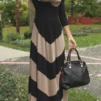 Walk This Way Long Sleeve Maxi Dress in Mocha and Black