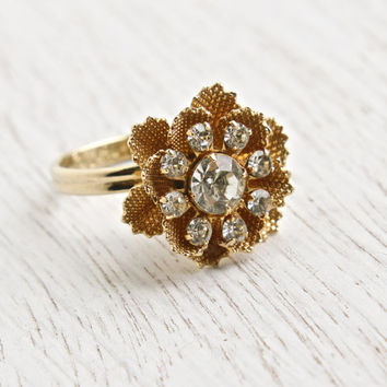 Vintage Rhinestone Flower Ring - Signed Sarah Coventry 1970s Gold Tone Adjustable Costume Jewelry / Three Dimensional Floral