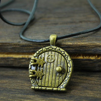 the hobbit jewelry door locket necklace lord of the rings