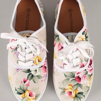 Wild Diva Lounge Marsden-01 Floral Lace Up Sneaker