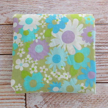 Vintage Full Fitted Sheet / Green Retro Floral / Vintage Bedding