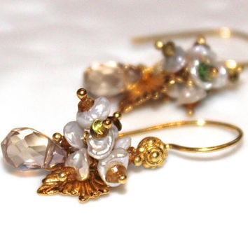 Oregon Sunstone Earrings Keshi Pearl Grossular Green Garnet Flower Gold Vermeil Leaves Dangle Earring Fizz Candy Gemstone