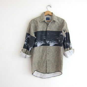Vintage wolf print shirt. Wrangler western shirt. Oversized boyfriend shirt with pearl snaps