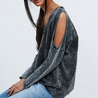 Staring at Stars Slit Shoulder Tunic Sweatshirt in Washed Black - Urban Outfitters